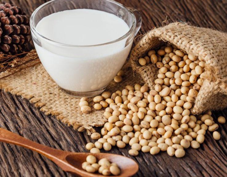 Benefits of soy milk