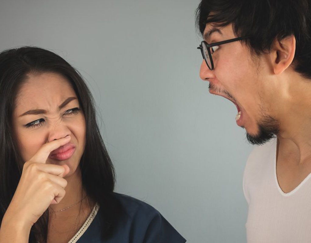 How to avoid foul mouth smell