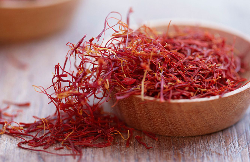Benefits of saffron in Tamil